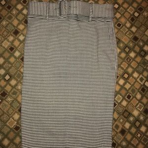 Gingham pencil skirt.